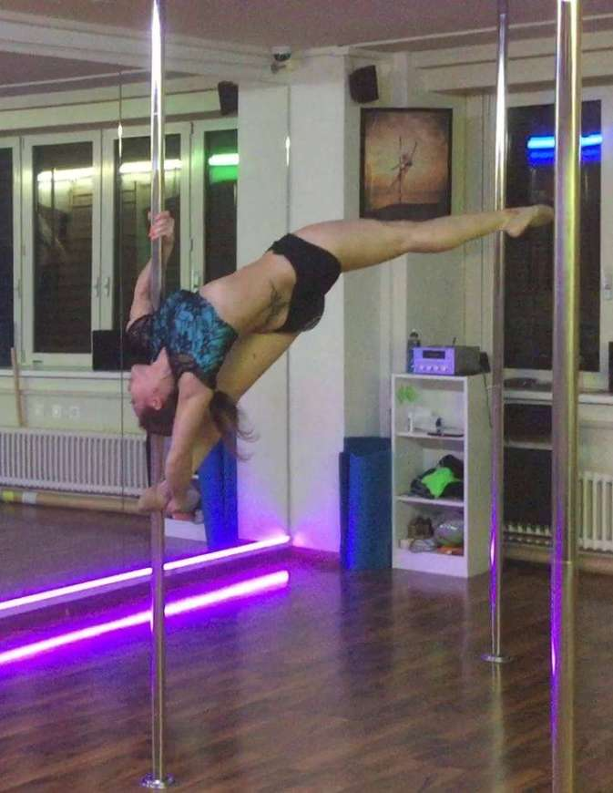 Photo pole other 8